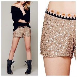 Free people sunshine metallic sequin shorts sz M